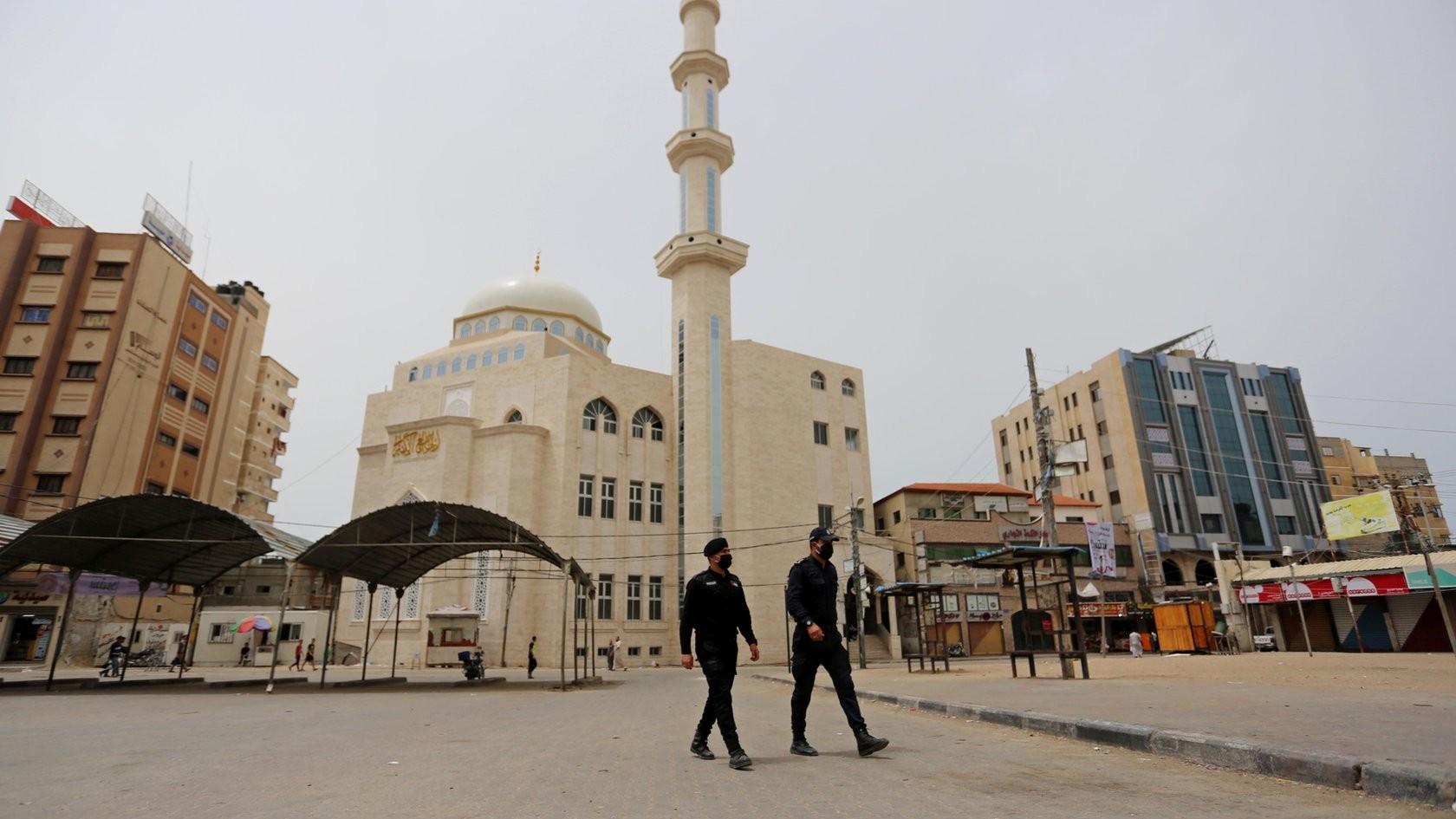اعادة فتح المساجد - الضفة