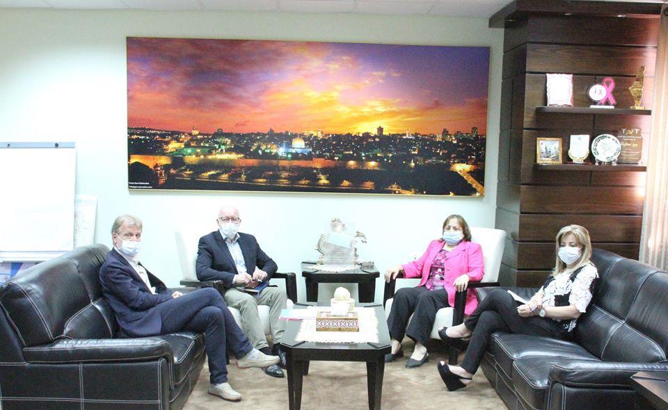 لقاء وزيرة الصحة ومنسق الأمم المتحدة للشؤون الإنسانية