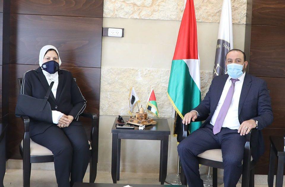 لقاء المستشار أكرم الخطيب والوزيرة آمال حمد