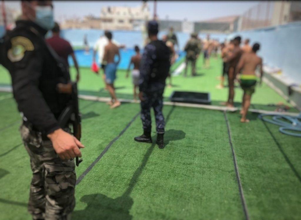 اغلاق مسبح في نابلس